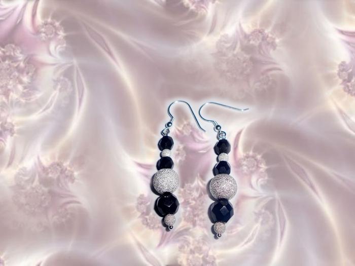3744926_earrings_black (700x525, 172Kb)