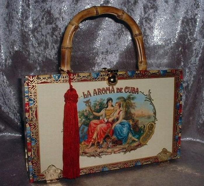 Самые необычные сумки 6 (700x640, 137Kb)