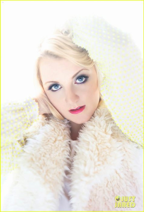 evanna-lynch-just-jared-photo-shoot-02 (477x700, 274Kb)
