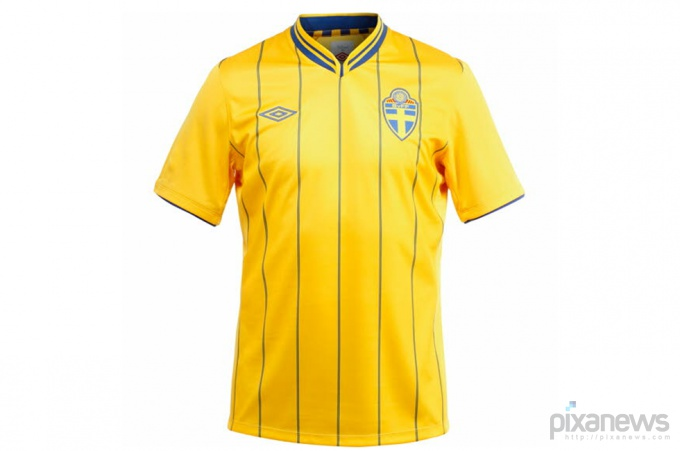 UEFA-European-Football-Championship-uniform-pixanews.com-2-680x451 (680x451, 48Kb)