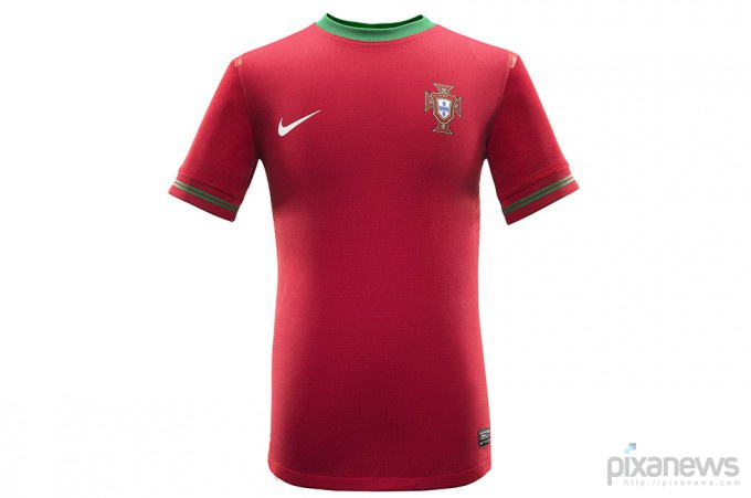 UEFA-European-Football-Championship-uniform-pixanews.com-10-680x451 (680x451, 39Kb)