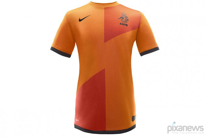 UEFA-European-Football-Championship-uniform-pixanews.com-18-680x451 (680x451, 39Kb)