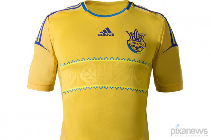 UEFA-European-Football-Championship-uniform-pixanews.com-22-680x451 (680x451, 61Kb)