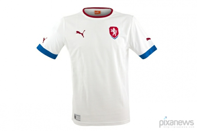 UEFA-European-Football-Championship-uniform-pixanews.com-1-680x451 (680x451, 34Kb)