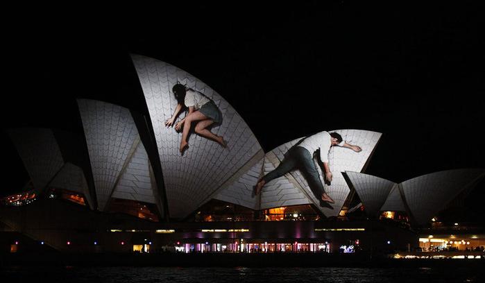 ��������� ����� � ������ Vivid Sydney. (700x408, 65Kb)