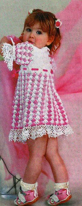 Нарядное платье для девочки 2-3 года крючком.