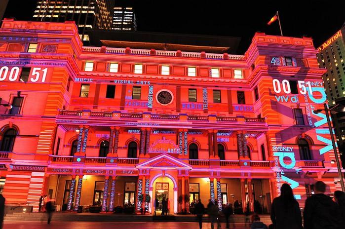 Красочный фестиваль света 2012 в Сиднее 13 (700x464, 134Kb)