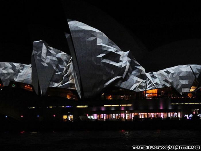 Красочный фестиваль света 2012 в Сиднее 32 (700x525, 68Kb)
