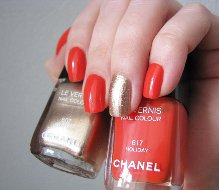 Chanel 607 Delight, 617 Holiday