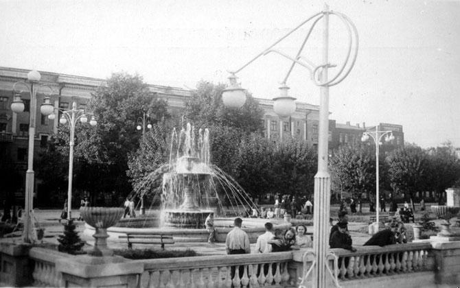 1930-е фонтан (670x420, 58Kb)