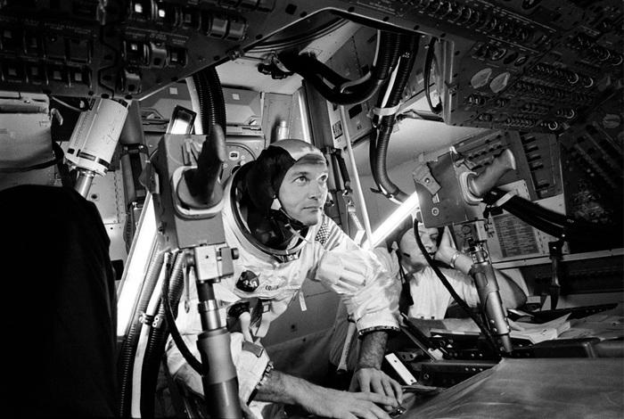 «Аполлон 11»2 (700x470, 126Kb)