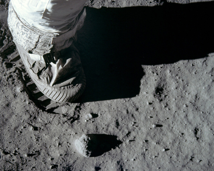 «Аполлон 11»10 (700x560, 156Kb)