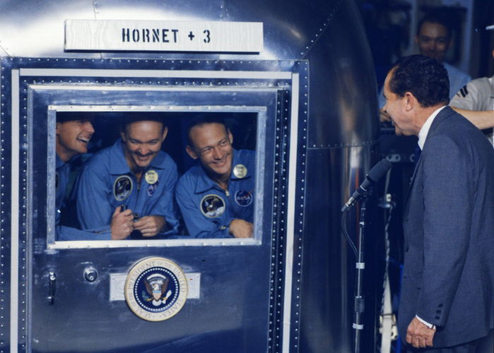 «Аполлон 11»18 (700x500, 138Kb)