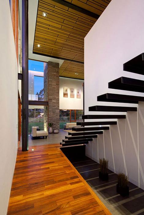 Двухэтажный дом от студии Diez + Muller 10 (470x700, 330Kb)