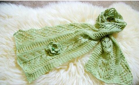 Красивый ажурный женский шарфик спицами/4683827_20120521_134212 (479x294, 52Kb)