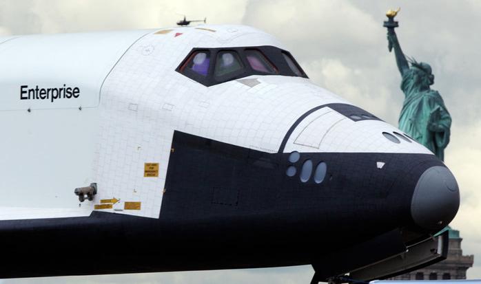 шаттл Enterprise фото 3 (700x413, 64Kb)