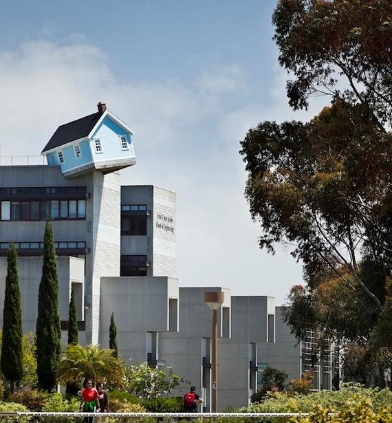 дом на крыше (570x615, 246Kb)