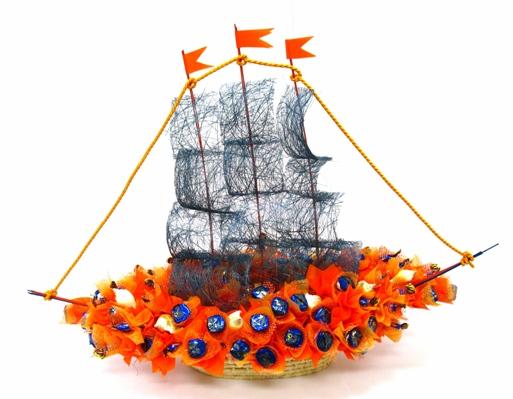 Сделать корабль из цветов