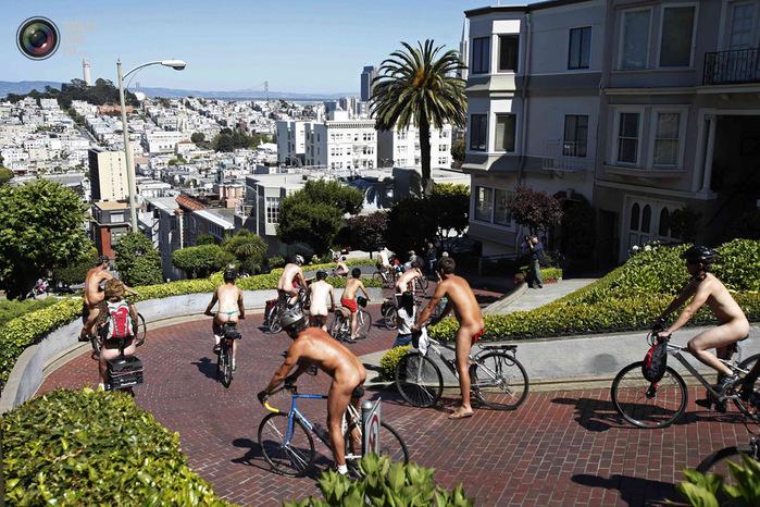 голые велосипедисты фото нудистов 12 (700x466, 205Kb)