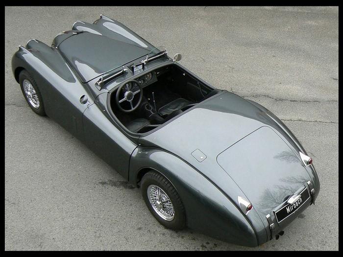 Jaguar XK120 - самая красивая машина 50-х годов 19-го века 9 (700x525, 116Kb)