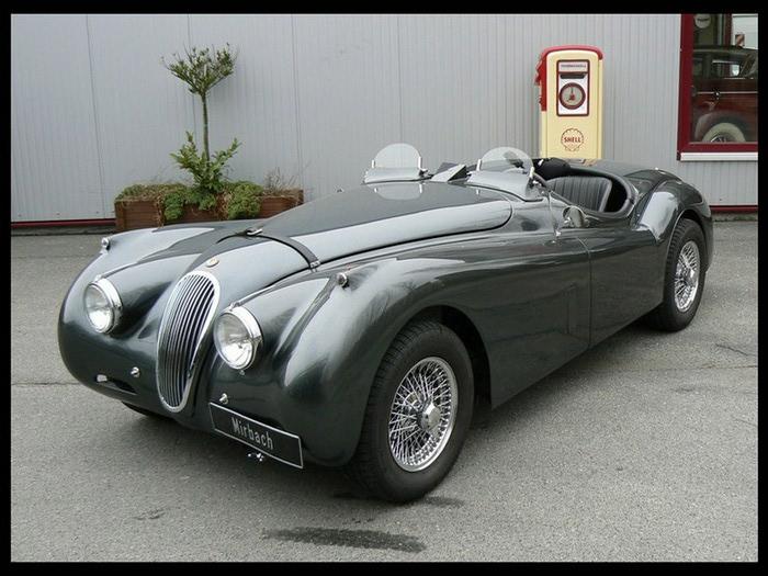 Jaguar XK120 - самая красивая машина 50-х годов 19-го века 12 (700x525, 104Kb)
