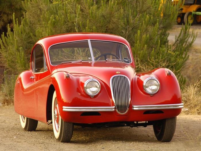 Jaguar XK120 - самая красивая машина 50-х годов 19-го века 18 (700x525, 125Kb)