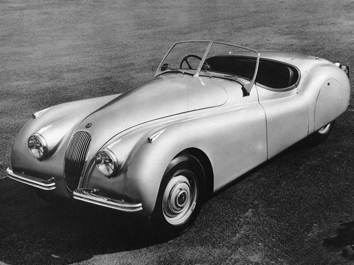 Jaguar XK120 - самая красивая машина 50-х годов 19-го века 19 (700x525, 97Kb)