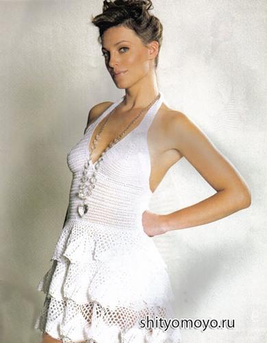 Бесплатное вязания крючком: летнее белое платье с оборками.