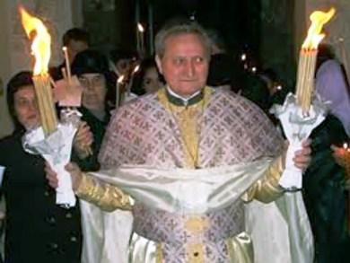 В Румынии убит священик (390x293, 30Kb)