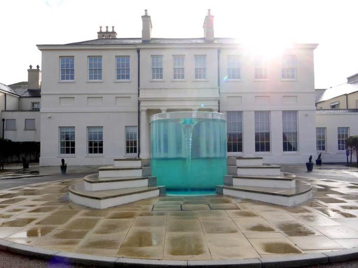 красивый фонтан фото (700x525, 89Kb)