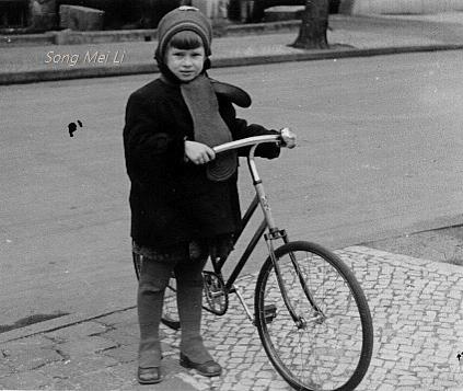 велосипедистка (423x357, 179Kb)