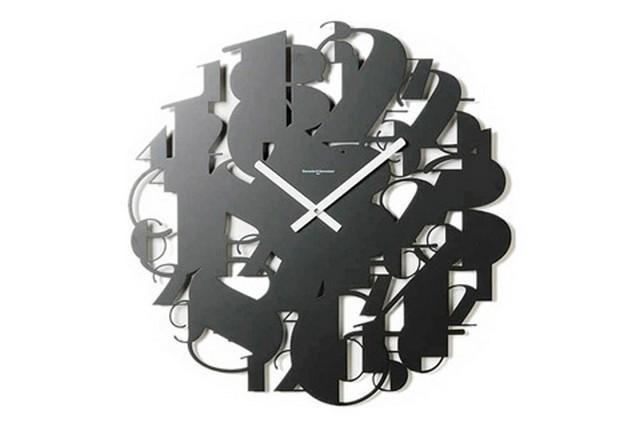 Дизайнерские часы от ведущих итальянских дизайнеров 4 (640x427, 32Kb)