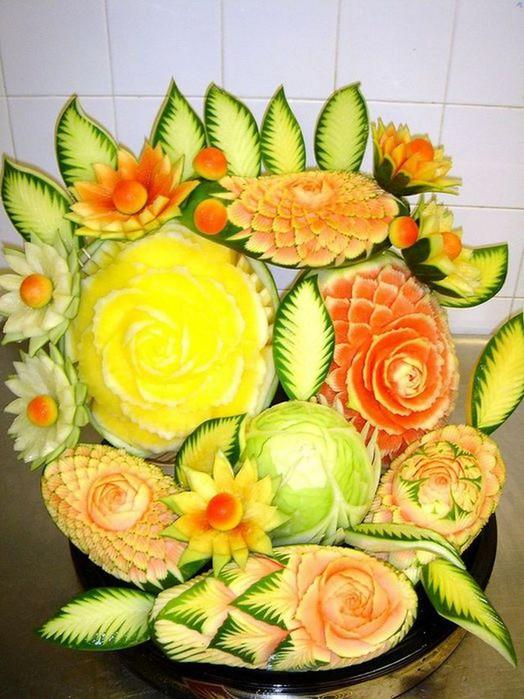 Креативнsй карвинг из овощей и фруктов3 (524x700, 99Kb)