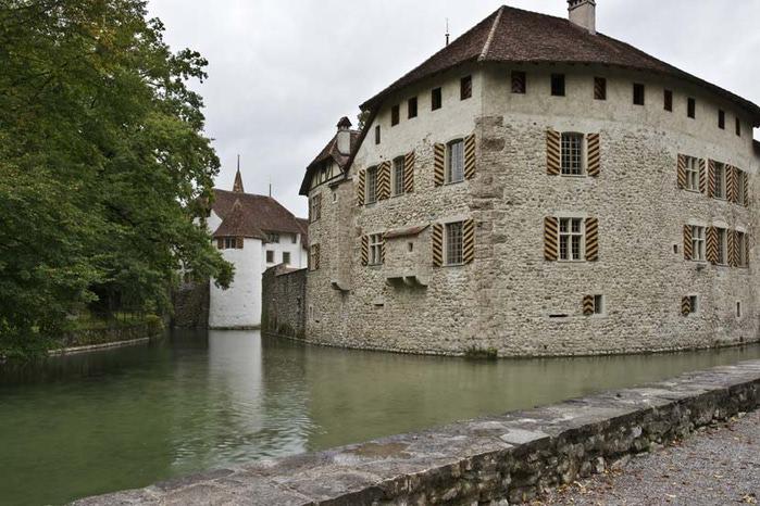 Замок Хальвиль (Schloss Hallwyl) 11223