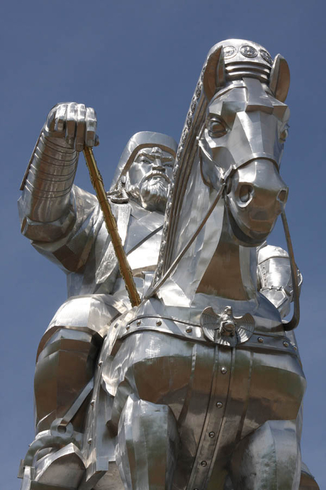 Статуя Чингисхана6 (466x700, 271Kb)