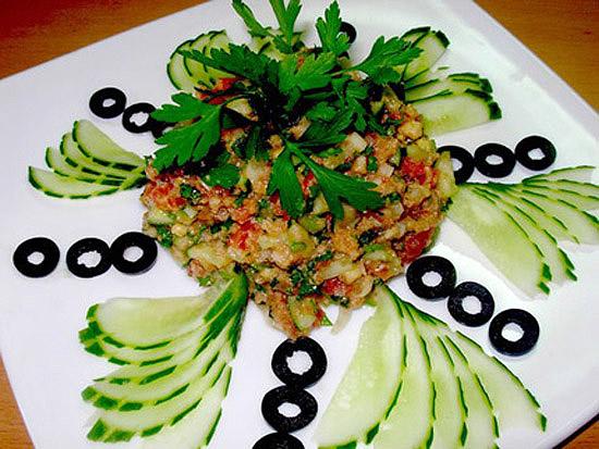 italjanskijj-khlebnyjj-salat-00 (550x413, 125Kb)