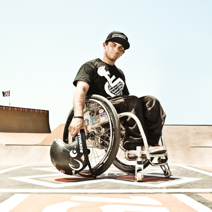 спортсмены инвалиды Aaron Fotheringham  (700x700, 102Kb)