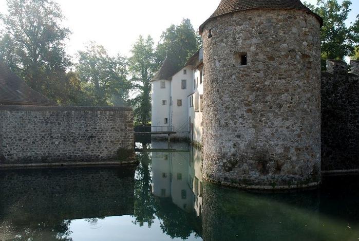 Замок Хальвиль (Schloss Hallwyl) 27838