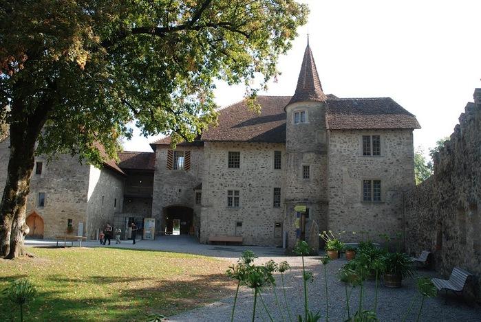 Замок Хальвиль (Schloss Hallwyl) 18929