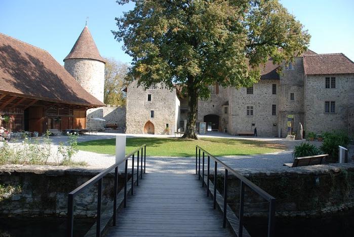 Замок Хальвиль (Schloss Hallwyl) 30694