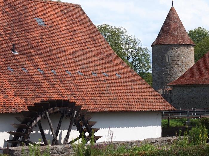 Замок Хальвиль (Schloss Hallwyl) 14031