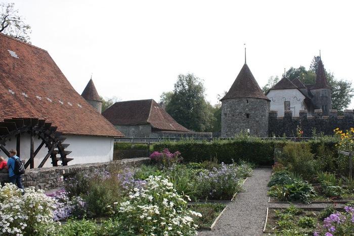 Замок Хальвиль (Schloss Hallwyl) 17534