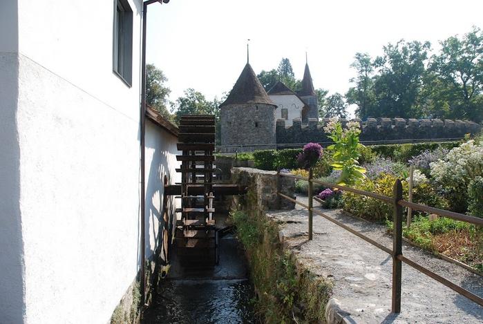 Замок Хальвиль (Schloss Hallwyl) 63032