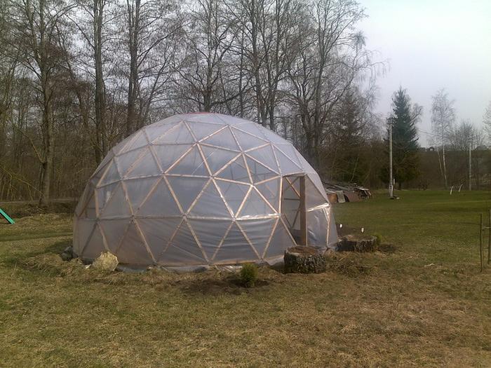 Теплица - купол для сада своими руками. - Поделки для сада - Поделки для сада, огорода - Каталог статей - Рукодел.TV
