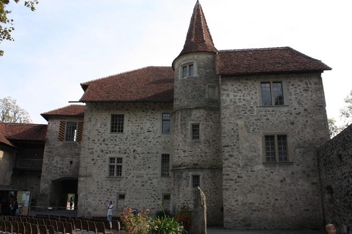 Замок Хальвиль (Schloss Hallwyl) 23634