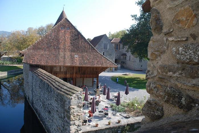 Замок Хальвиль (Schloss Hallwyl) 30059