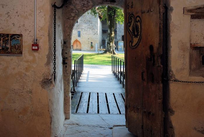 Замок Хальвиль (Schloss Hallwyl) 85515