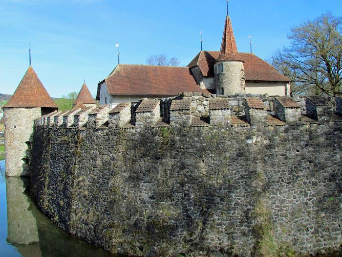 Замок Хальвиль (Schloss Hallwyl) 74917