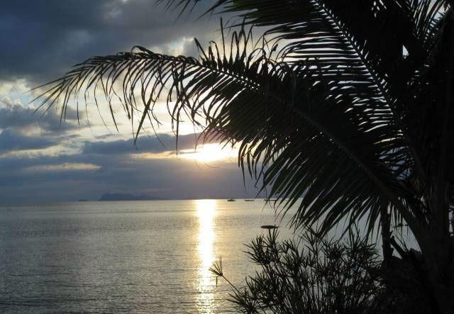 Сиамский залив, окрестности острова Самуи22 (640x443, 67Kb)