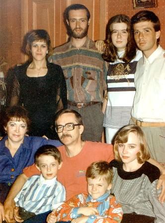 Familie2 - копия (332x448, 62Kb)